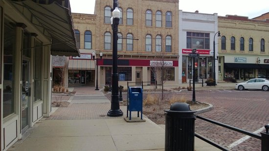 Woodstock (IL) United States  City pictures : Woodstock, IL: Ned's corner