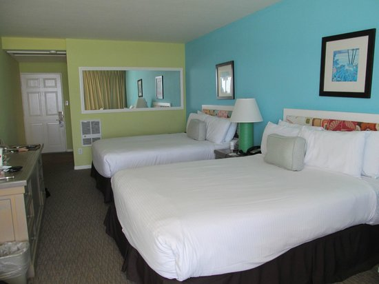 Pacific Edge on Laguna Beach, a Joie de Vivre Hotel: Our room in the Reef building