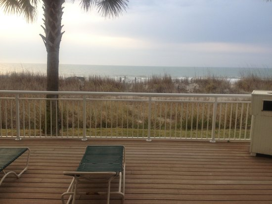 BEST WESTERN PLUS Grand Strand Inn & Suites: Oceanfront suite view