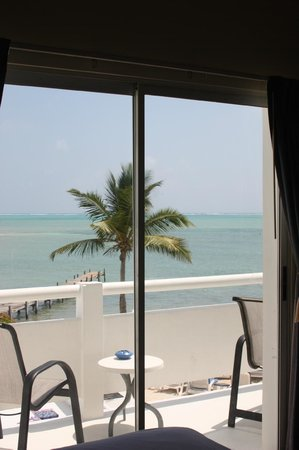 Mata Rocks Resort: What a view! Sea View Balcony room