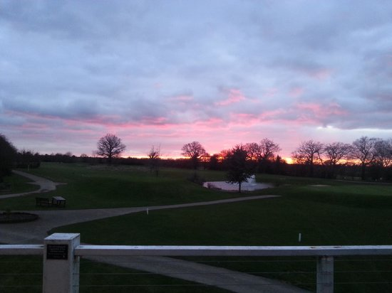 Halstead, UK: Sunset from clubhouse.