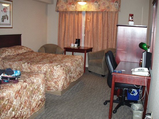 Sandman Hotel Saskatoon: Double room second floor