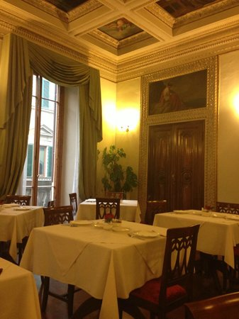 Hotel dei Macchiaioli: breakfast room