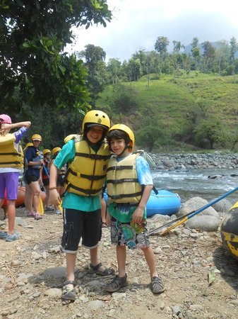 Rafiki Safari Lodge: Ready to raft