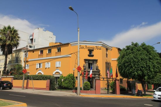 Hotel San Antonio Abad: front