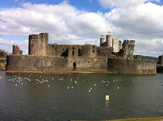 Premier Inn Caerphilly - Corbetts Lane: amazing Caerphilly castle