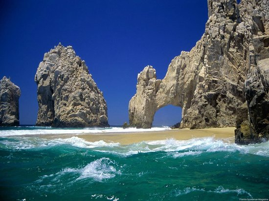 One &amp; Only Palmilla Resort: Lover&#39;s Beach, take a water taxi from Cabo