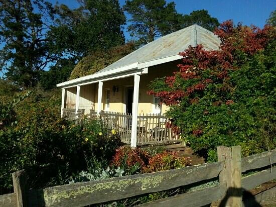 Longford, Australien: Gardeners Cottage in