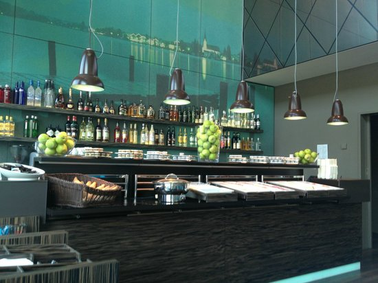 "Motel One München-City-West: Die Bar ""vorm"" Tegernsee"