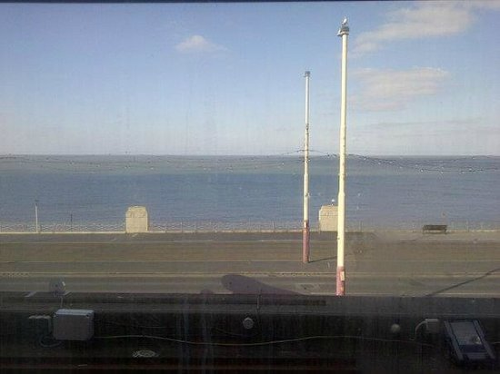 Tiffany's Hotel Blackpool: Sea view