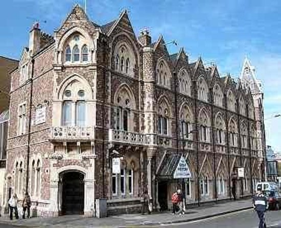 Cheap Hotels Cardiff Centre
