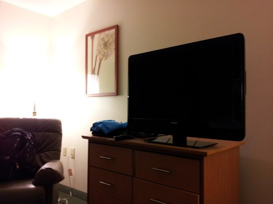 Extended Stay America - Atlanta - Vinings: TV