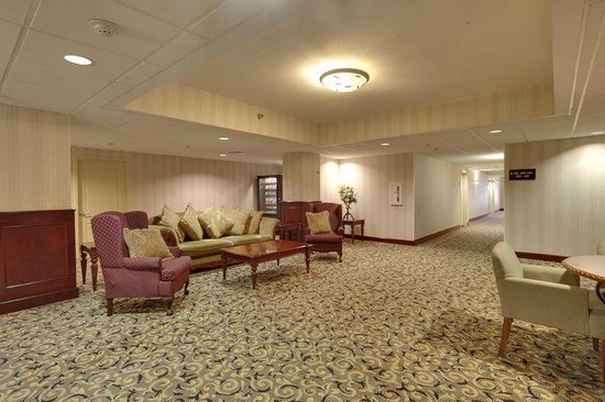 Hampton Inn & Suites Los Angeles/Sherman Oaks: Sitting Area