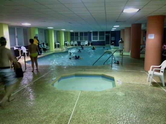 Indoor lazy river picture of captains quarters resort - Indoor swimming pool myrtle beach sc ...