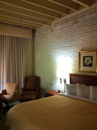 ‪‪Homewood Suites by Hilton Indianapolis-Downtown‬: Very comfortable room‬