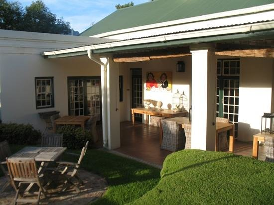 Avondrood Guest House: breakfast terrace