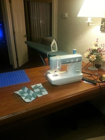 Homewood Suites by Hilton Reading: I brought my sewing machine, just like at home.