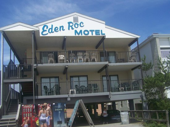 Eden Roc Motel: Ocean Front Side of the Hotel