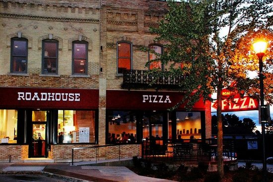 Ripon, WI: Roadhouse Pizza