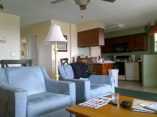 Peppertree Atlantic Beach, a Festiva Resort: living room and kitchen