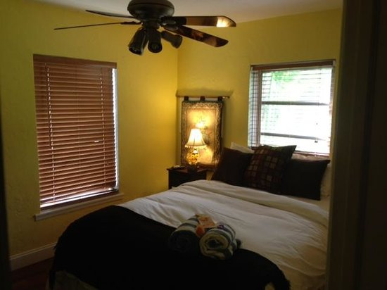 Wilton Manors, FL: Bedroom #2