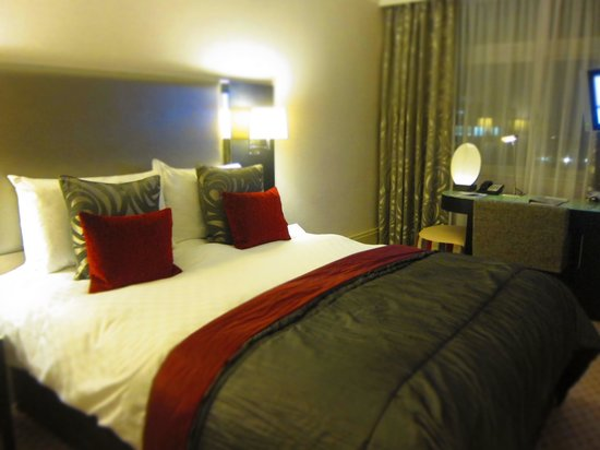 The Cavendish London: The Classic Room