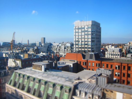 The Cavendish London: Great views from the room - because you are in a fantastic location