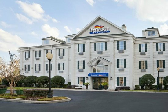 Photo of Baymont Inn & Suites Lakeland