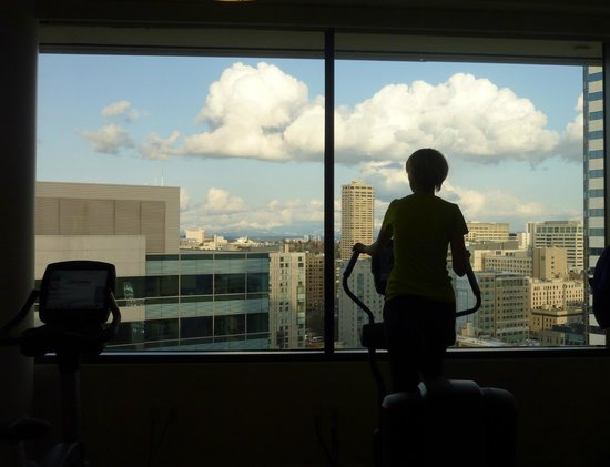Sheraton Seattle Hotel: View from Sheraton fitness center