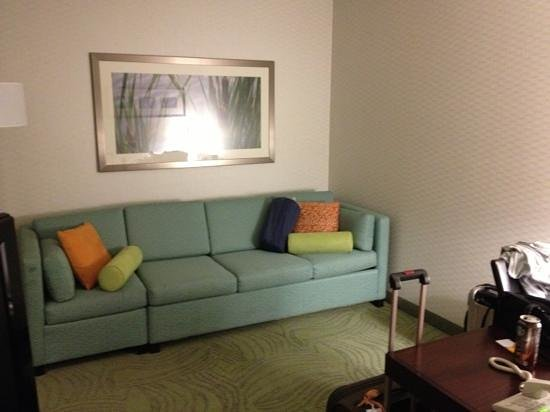 SpringHill Suites Billings: sofa bed
