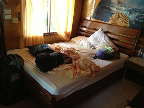Como Resort Koh Samui: an other part of the room (the mess is there because we were about to leave and just packed evey