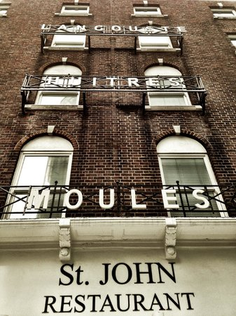 One Leicester Street: St John Hotel