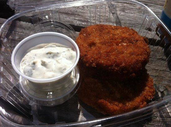 , : super yummy crabcakes with a fresh dill tartar sauce