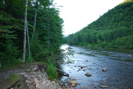 Crawford Notch General Store and Campground: Sacco River