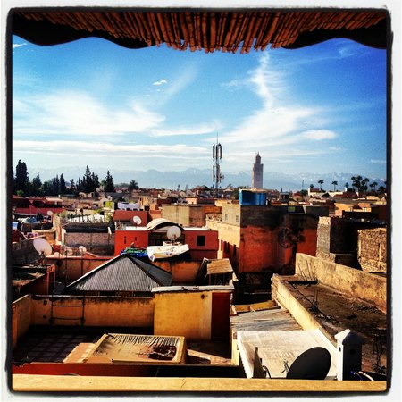 Riad 72: View from the terrace over the Medina.