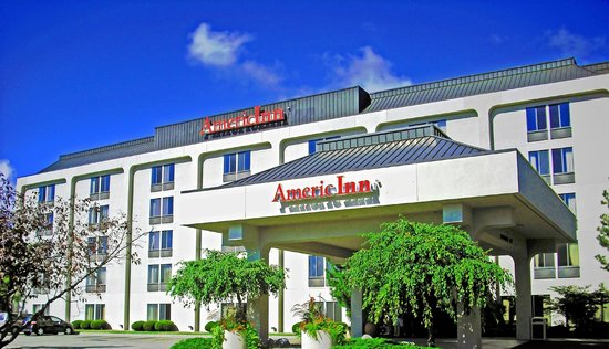 ‪AmericInn Lodge & Suites Madison West‬