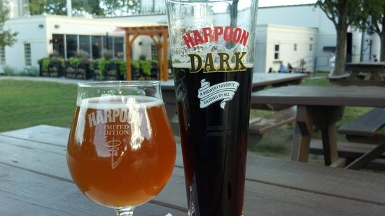 Windsor, VT : Gorgeous fall day at Harpoon 