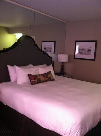 BEST WESTERN PLUS Tuscan Inn at Fisherman's Wharf: king room 258
