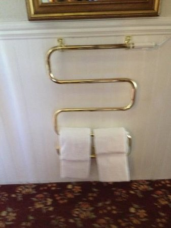 San Remo Hotel: heated towel racks