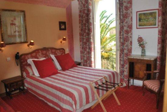 Photo of Hotel Le Bellevue Bormes-Les-Mimosas