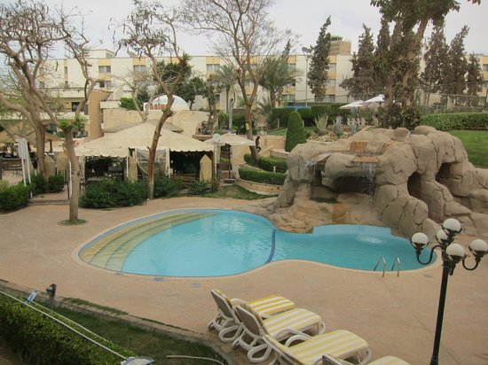 Le Passage Heliopolis: Pool area