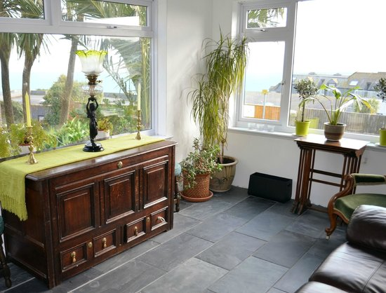 Channings: New sun room for guests with views towards Godrevy