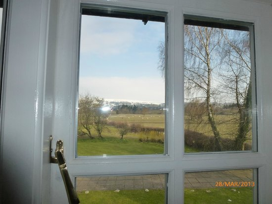Maesmawr Hall Hotel: View from our bedroom window