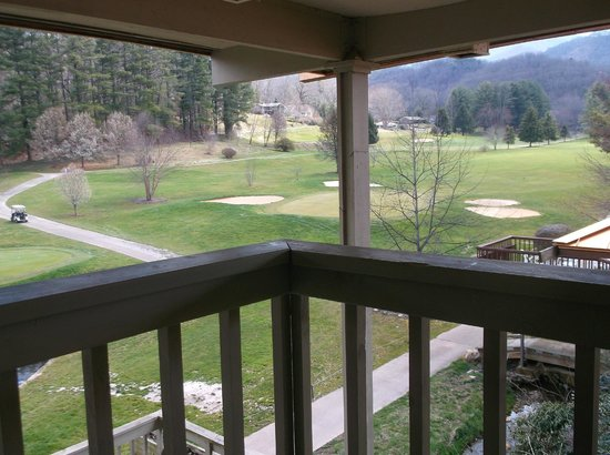 The Waynesville Inn, Golf Resort &amp; Spa: view from the balcony