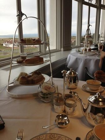 Turnberry, UK: afternoon tea with a view