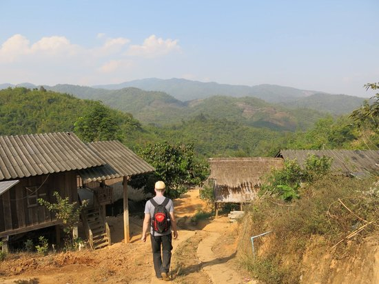 Chiang Rai Province, Tailandia: Trekking through the Lahu village