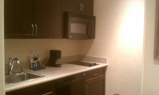 Homewood Suites Las Vegas Airport: kitchen