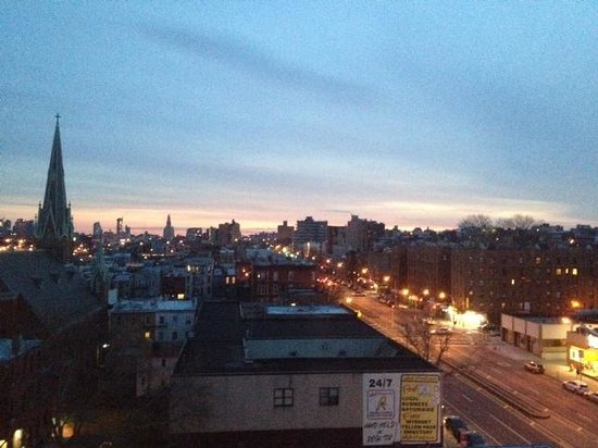 BEST WESTERN Plus Prospect Park Hotel : Sunrise from Hotel rm on 8th floor