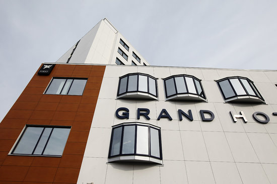‪First Hotel Grand‬