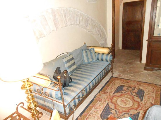 San Crispino Historical Mansion: Salotto stanza Luna e Stelle